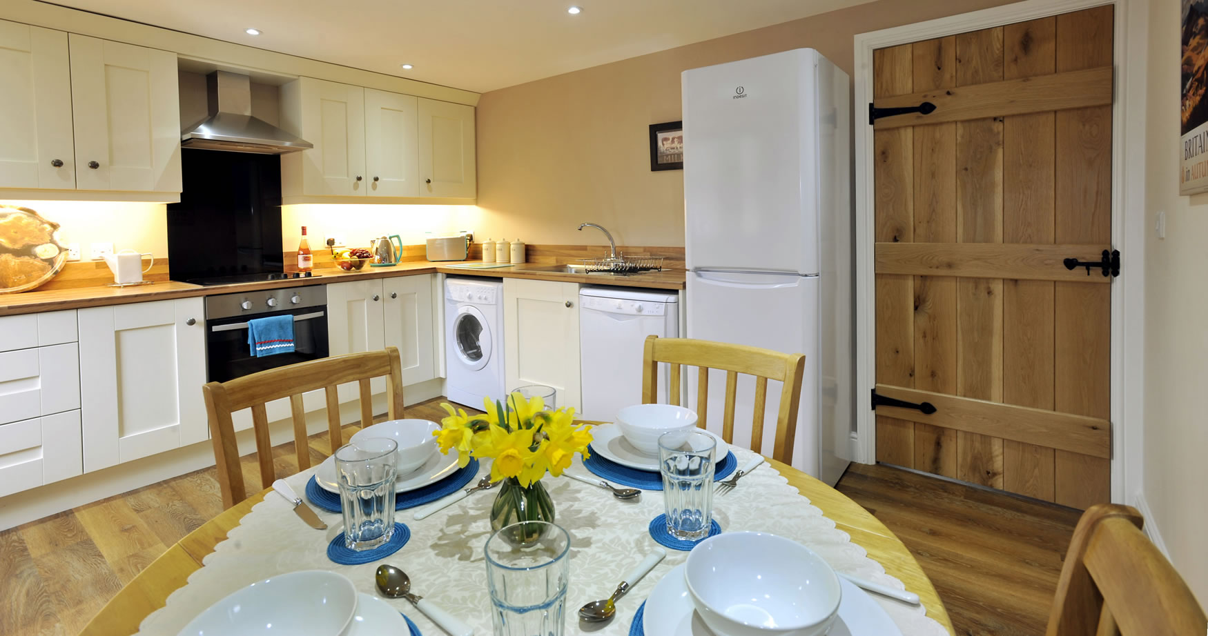 oldbothycottage-kitchen-dining